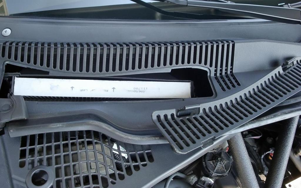 2003 Subaru Baja Wiring Diagram as well Dodge Ram 1500 Cabin Air Filter Location as well Water Pressure Transducer Schematic together with Nissan Radiator Transmission Fix furthermore 2013 Ford Escape Battery Location. on 2004 ford f 150 wiring diagram
