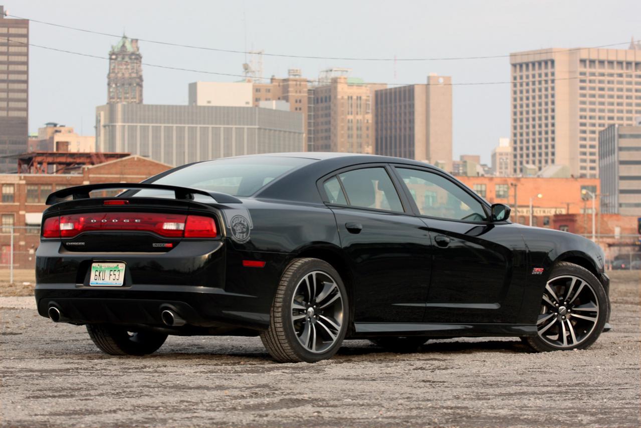 click image for larger version name black bee 1jpg views 559 size - Dodge Charger 2014 Dark Blue