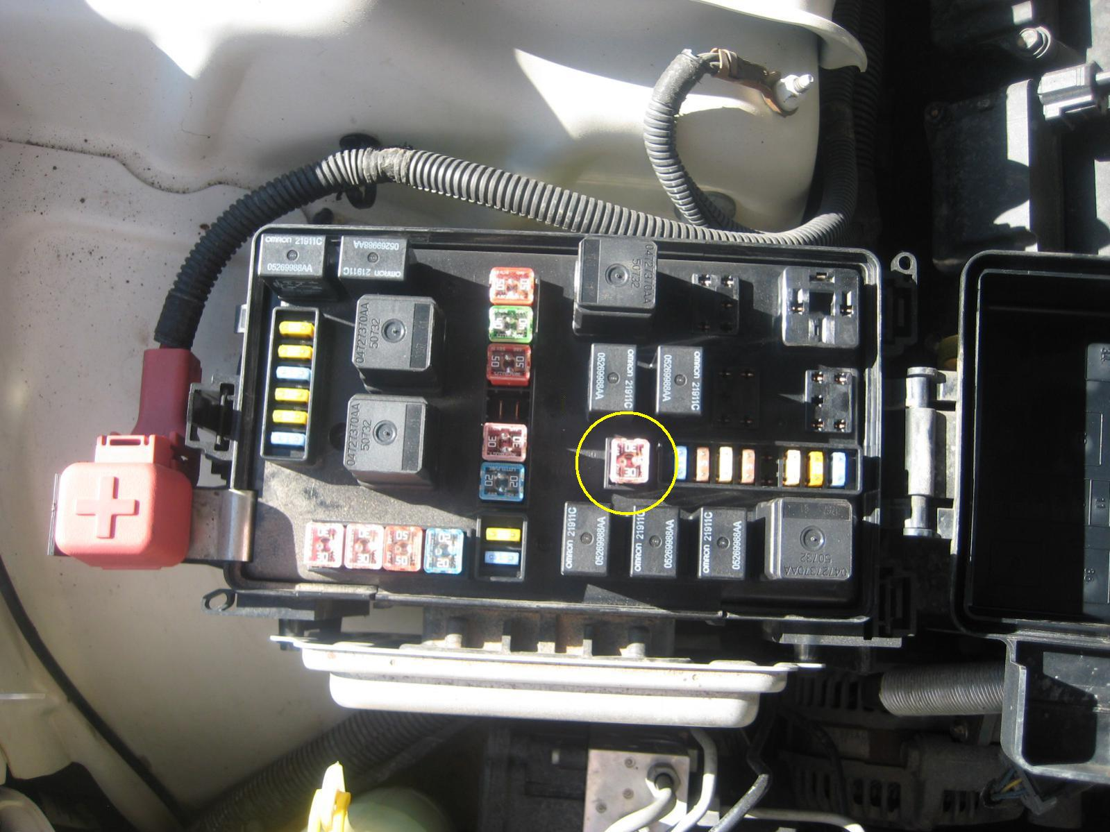 2006 Dodge Charger Fuse Box Location on 2007 Pt Cruiser Heater Core Location