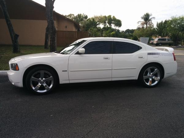 Showcase cover image for wilsanchez1996's 2007 Dodge Charger R/T